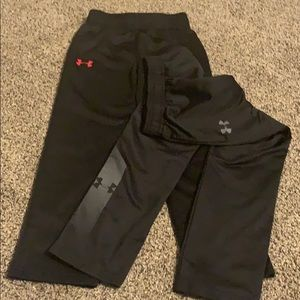 Under Armour size 6 dry fit jogger pants